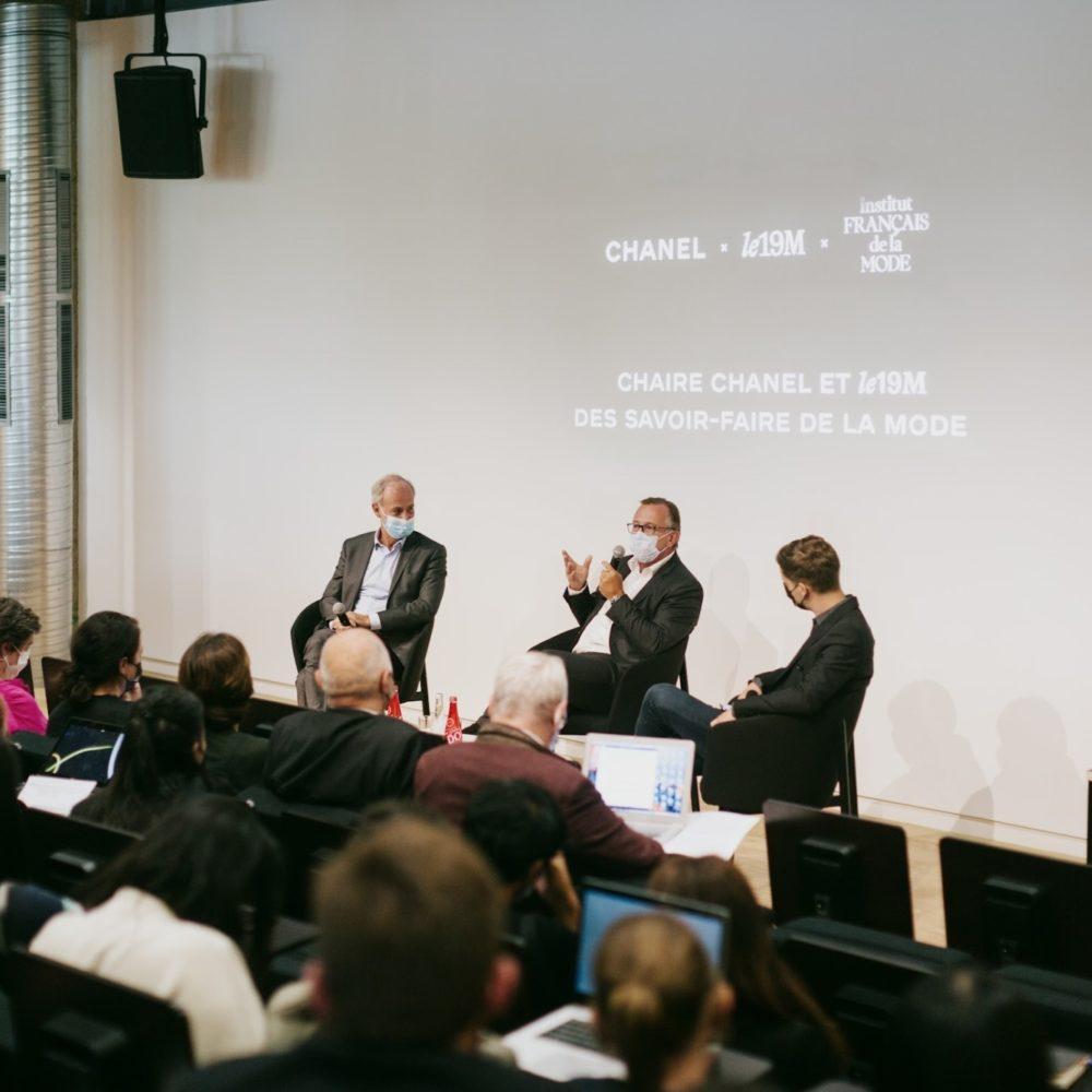 Inauguration dans l'amphi de l'IFM de la Chaire Chanel et le19M des savoir-faire de la mode
